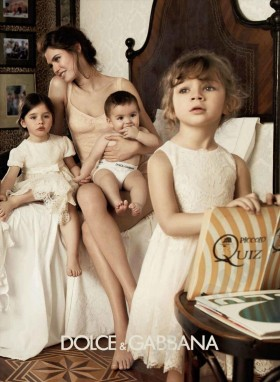 Рекламна фотосесия на колекцията за деца на Dolce&Gabana