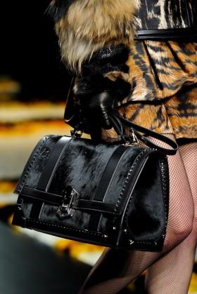 Чантите на Roberto Cavalli от сезон есен-зима 2012