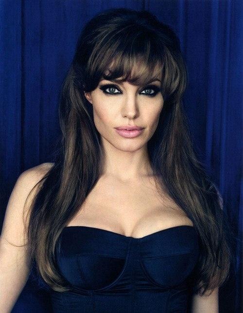 Гримът на Angelina Jolie