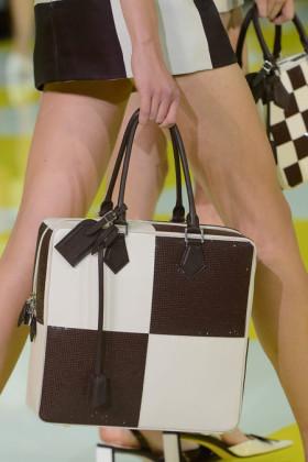 Чанти Louis Vuitton от сезон пролет-лято 2013