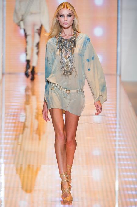 Hrisskas-style-Versace-Spring-2013-RTW-10