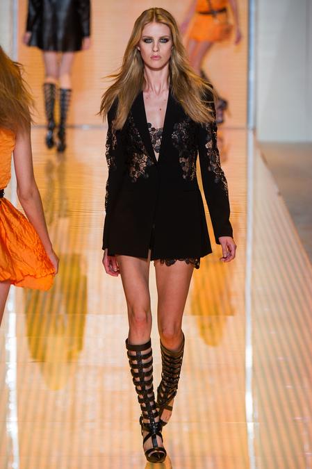 Hrisskas-style-Versace-Spring-2013-RTW-5