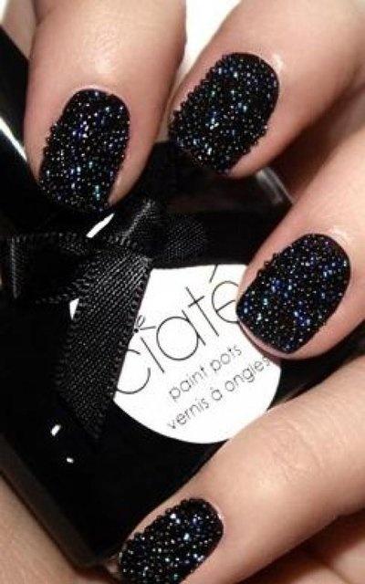 Hrisskas-style-caviar-nails