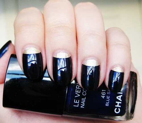 Hrisskas-style-chanel-nails