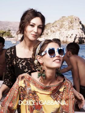 Рекламната кампания на колекцията за жени на Dolce&Gabana сезон пролет 2013