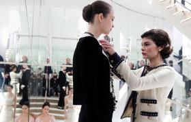 """Историята на Gabrielle Chanel във филма """"Coco before Chanel"""""""