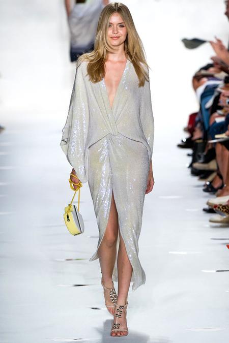 Модната тенденция на лято 2013: Металически отблясъци