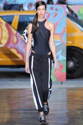 Модни тенденции пролет/лято 2014: Спортна визия