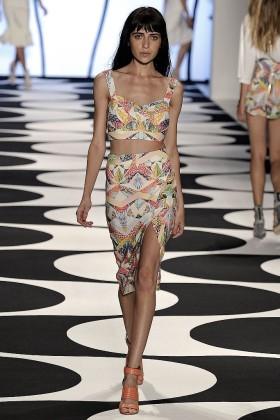 Модни тенденции пролет/лято 2015: Мини топ