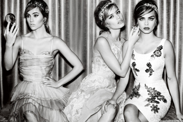 Cara Delevingne, Georgia May Jagger и Suki Waterhouse за Vogue British