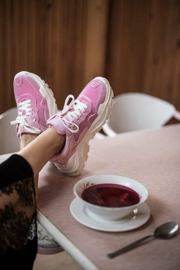 Fashion Edit: Pink Sneakers