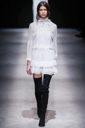 Модни тенденции есен/зима 2015: Ботуши над коляното